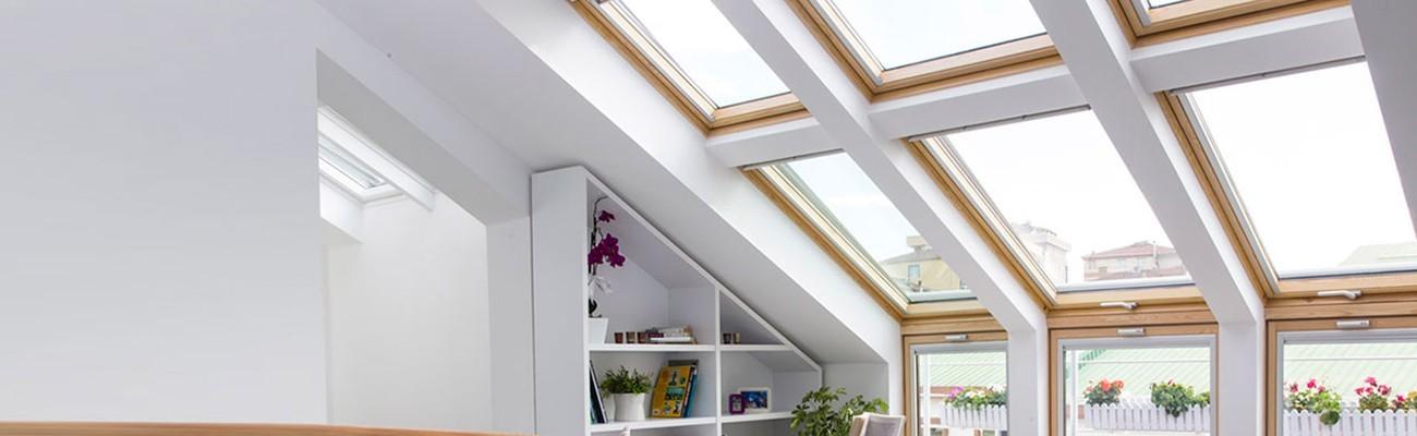 velux 78x98 tout confort amazing la fentre velux tout. Black Bedroom Furniture Sets. Home Design Ideas